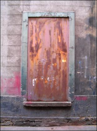 doorway in Dublin